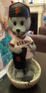 Lou Seal is a knitter?  Who knew?